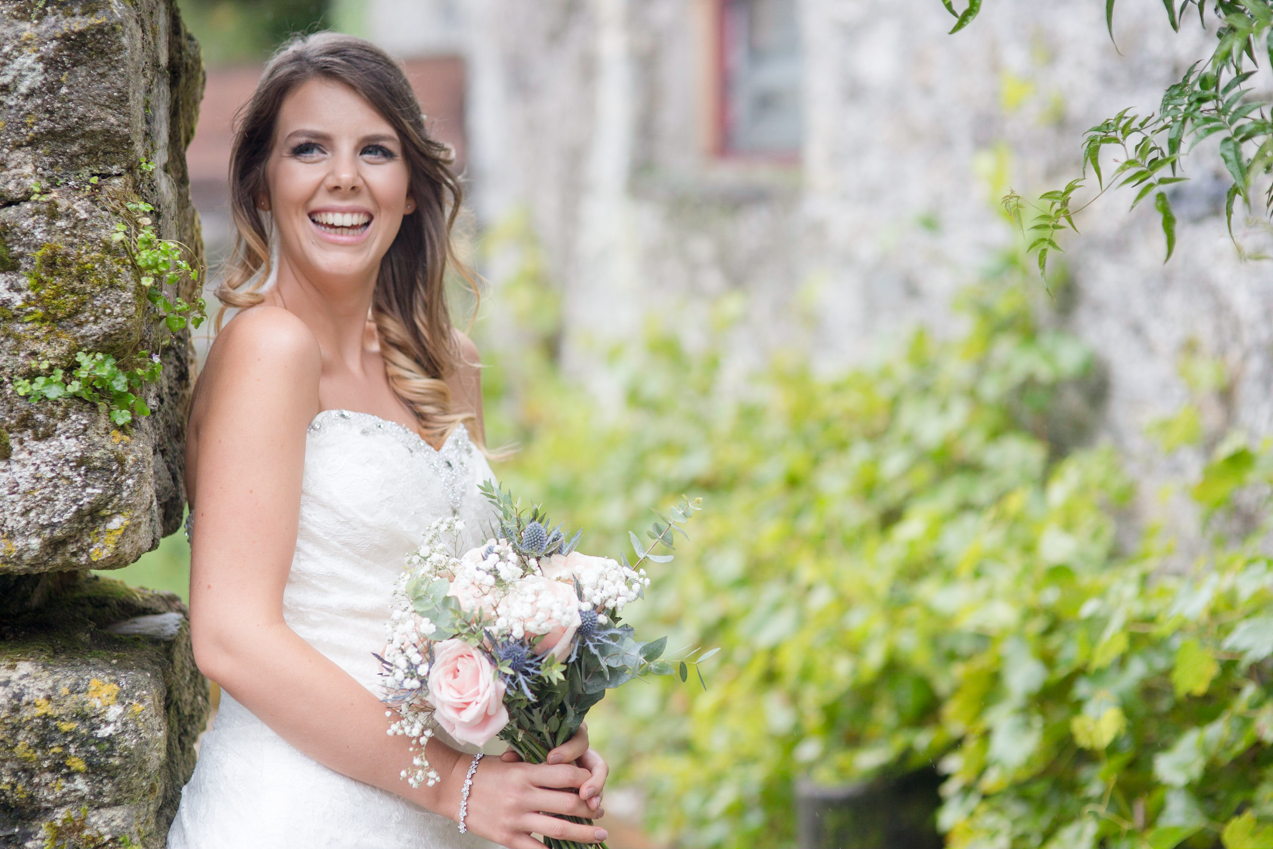 Knightor winery wedding by Tom Robinson Photography Cornwall wedding photographer