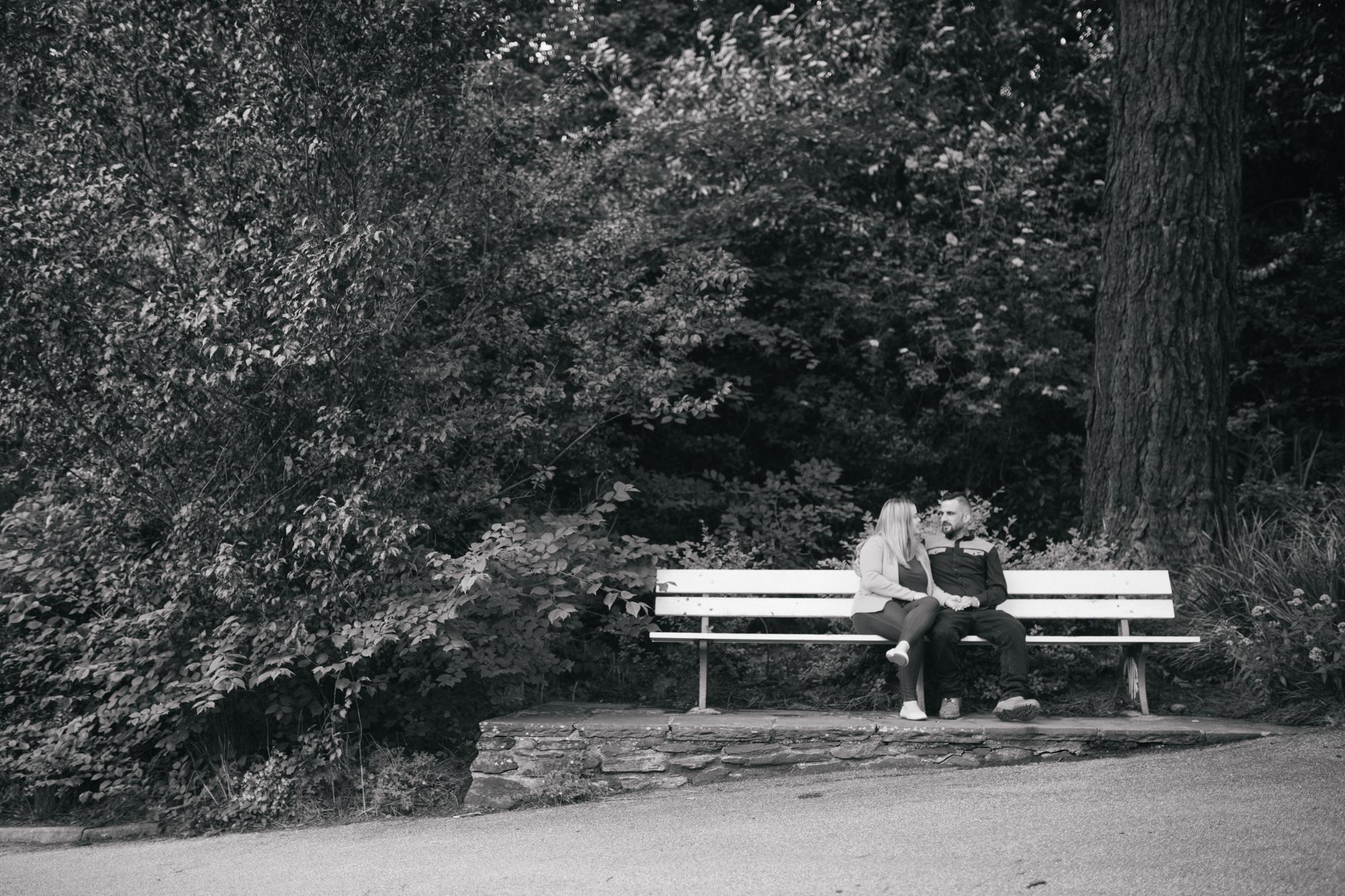 wedding pre shoot in Victoria park in Truro