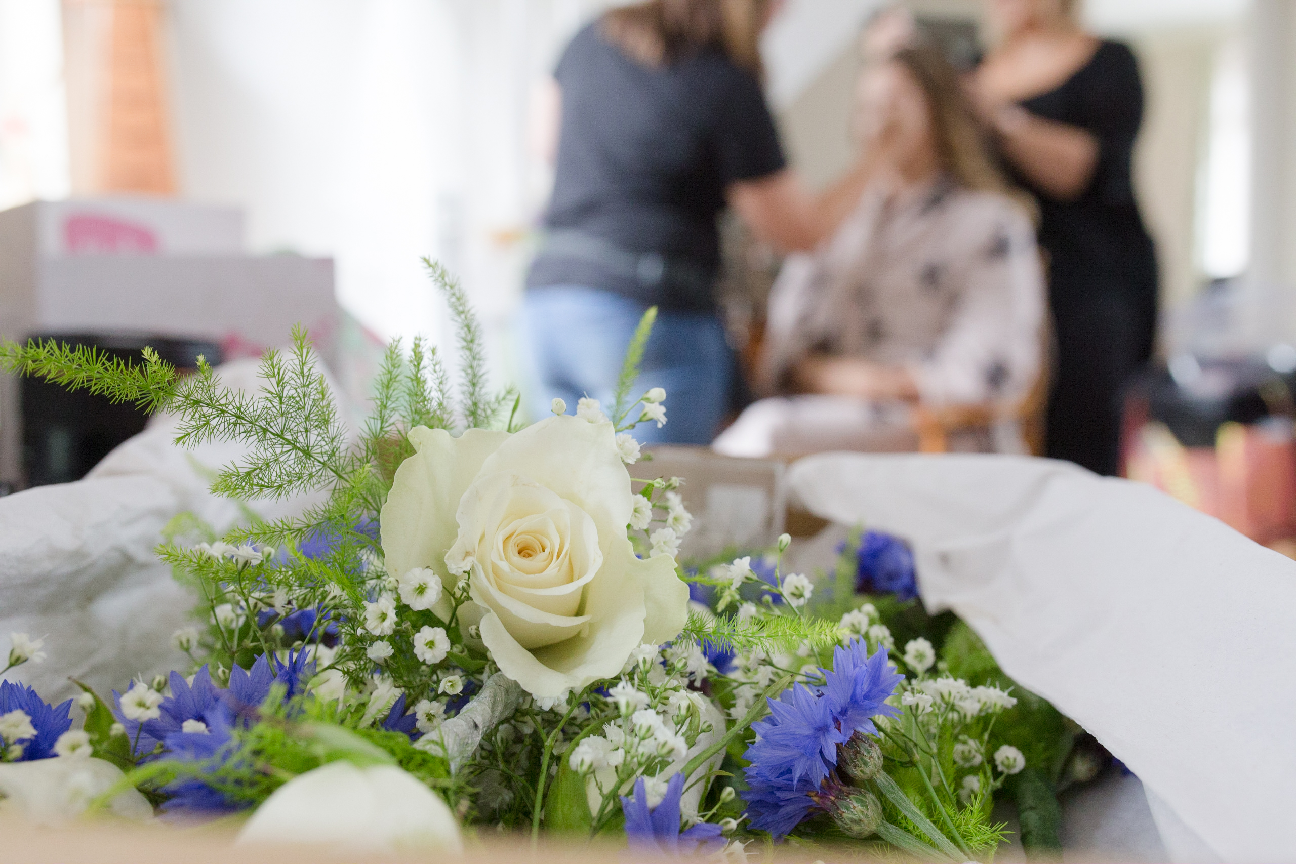 Mullion wedding by Tom Robinson Cornwall wedding photographer Cornwall